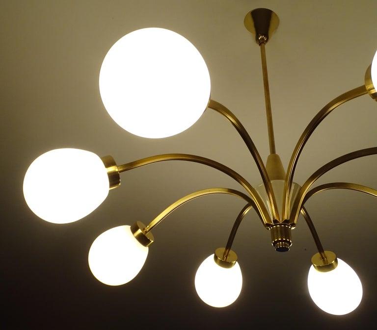 Large Italian Midcentury Brass Glass Sputnik Chandelier, Stilnovo Gio Ponti Era For Sale 3
