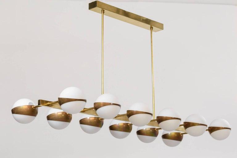 Mid-Century Modern Large Italian Modern Chandelier 12 Lights, Stilnovo Style For Sale