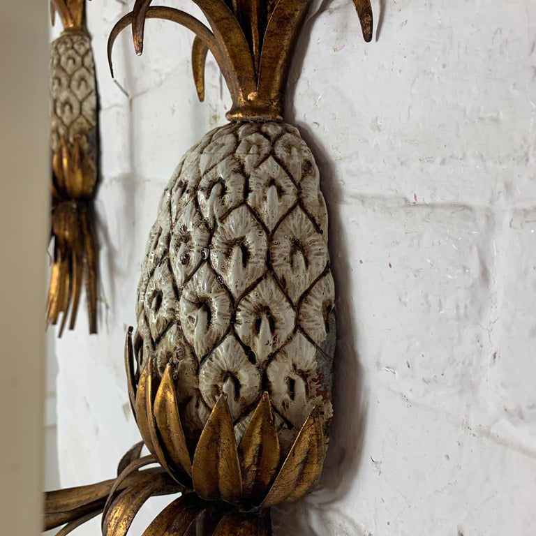 Large Italian Pineapple Wall Sconce Lights, circa 1950s For Sale 5