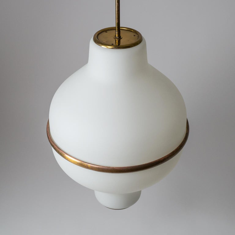 Large Italian Satin Glass Chandelier, Oscar Torlasco for Lumi Milano, 1950s For Sale 6