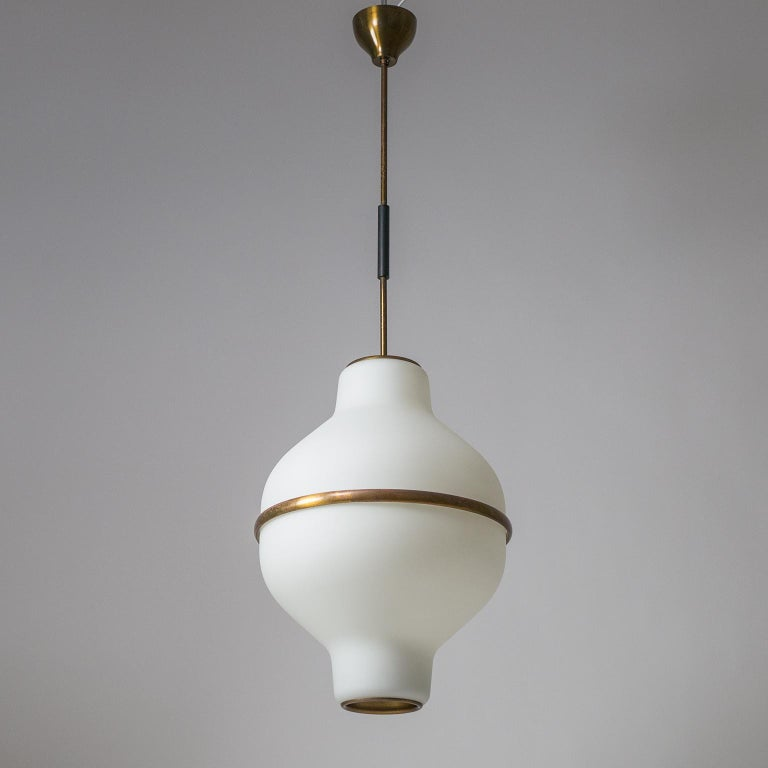 Mid-Century Modern Large Italian Satin Glass Chandelier, Oscar Torlasco for Lumi Milano, 1950s For Sale
