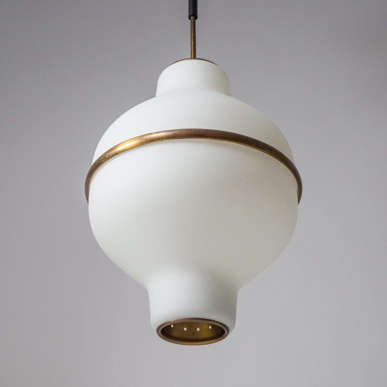 Large Italian Satin Glass Chandelier, Oscar Torlasco for Lumi Milano, 1950s For Sale 1