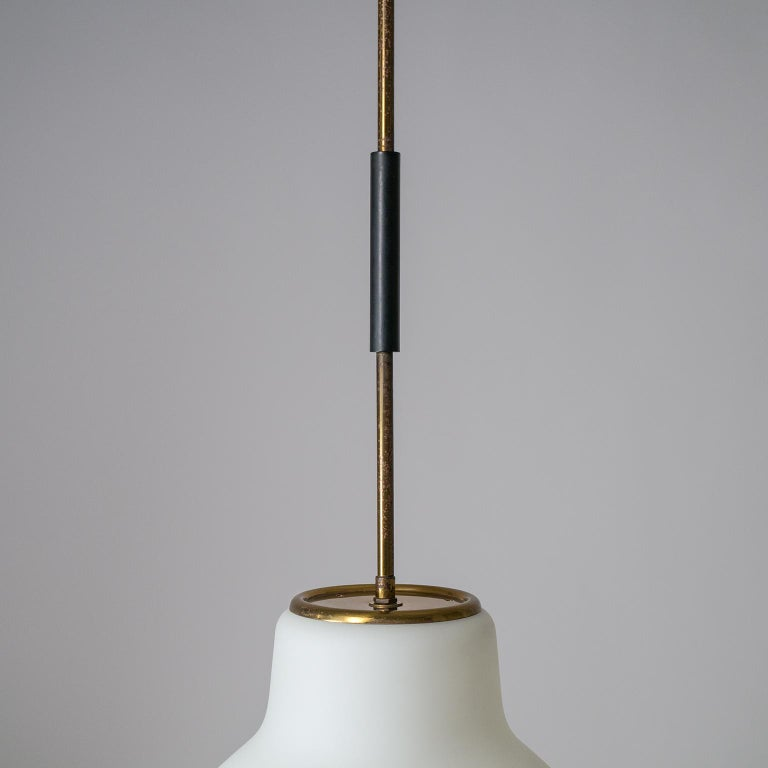 Large Italian Satin Glass Chandelier, Oscar Torlasco for Lumi Milano, 1950s For Sale 3