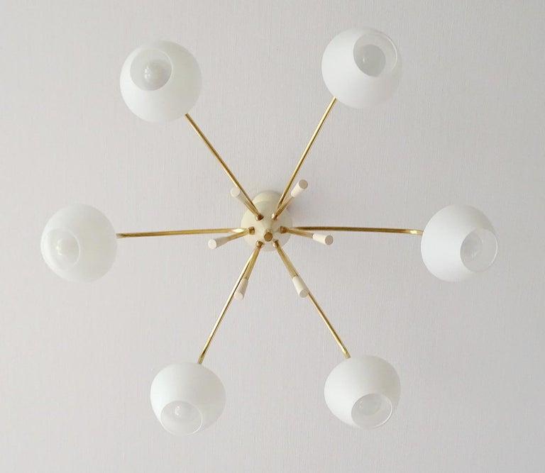 Large Italian Sputnik Glass Brass Chandelier Pendant, Stilnovo Gio Ponti Era  For Sale 10