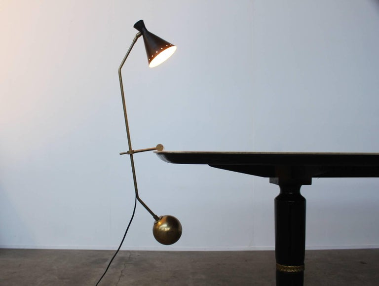 Large Italian Stilnovo Counter Weight Desk Lamp In Excellent Condition For Sale In Amsterdam, NL