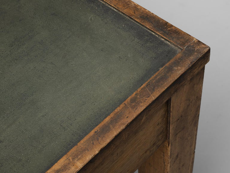 Large Italian Table in Oak with Brass For Sale 5