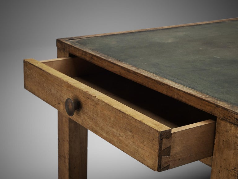 Large Italian Table in Oak with Brass For Sale 2
