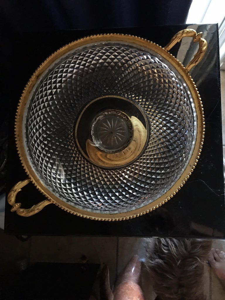 Mid-20th Century Large Italian Vintage Cut Glass and Gold Covered Centerpiece Dish For Sale