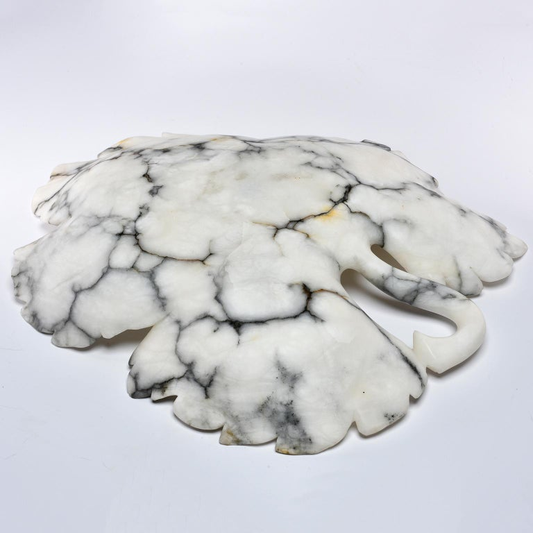Large Italian White and Gray Alabaster Leaf Form Platter or Bowl In New Condition For Sale In Troy, MI