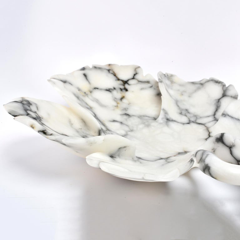 Large Italian White and Gray Alabaster Leaf Form Platter or Bowl For Sale 1