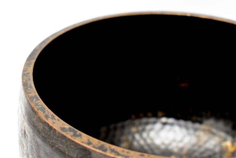 Large Japanese Antique Bronze Singing Bowl 1, Black, Hand Hammered For Sale 7