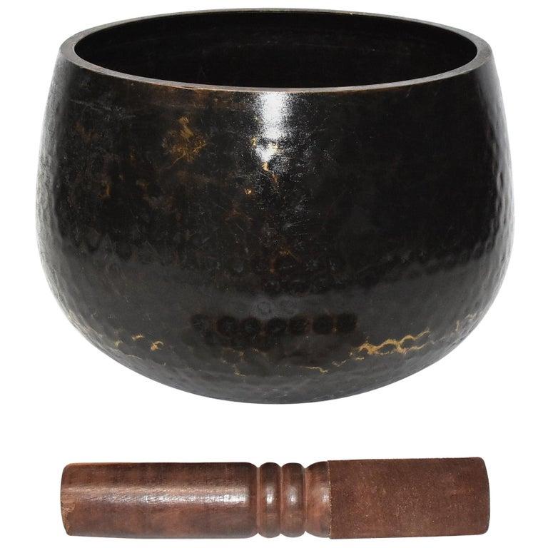 Large Japanese Antique Bronze Singing Bowl 1, Black, Hand Hammered For Sale