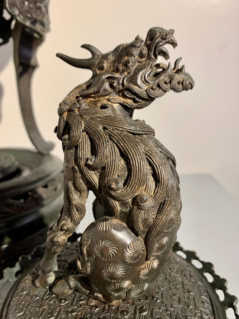 Large Japanese Cast Bronze Censer with Kirin, Edo Period, Early 19th Century For Sale 15