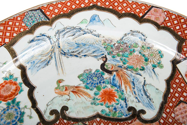 Hand-Painted Large Japanese Imari Charger, 19th Century For Sale