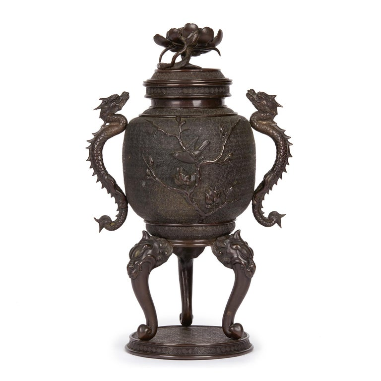 Patinated Large Japanese Meiji Bronze Lidded Urn, 19th Century For Sale