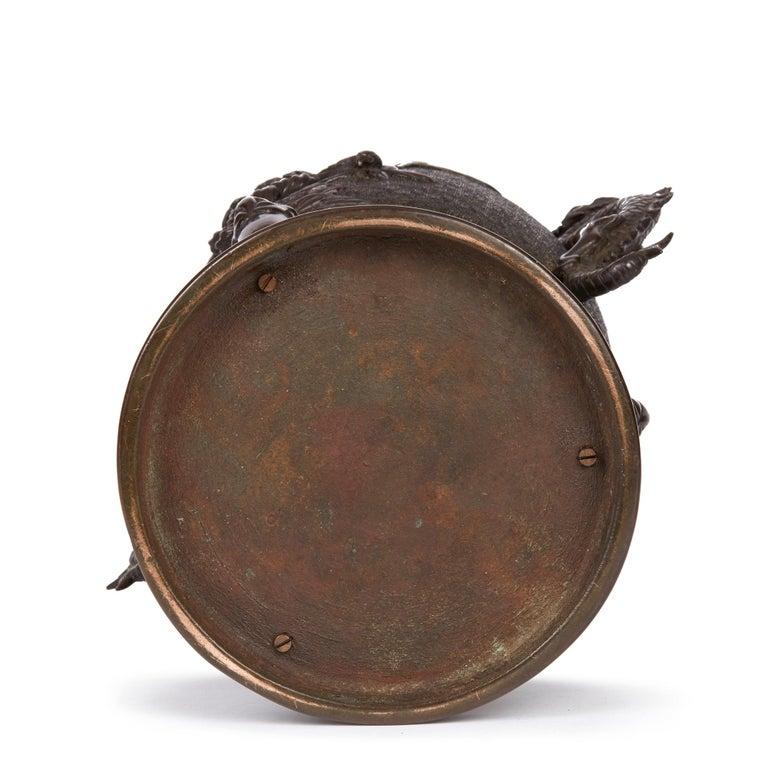 Large Japanese Meiji Bronze Lidded Urn, 19th Century For Sale 2