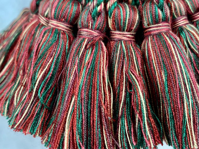 Houlés of Paris Passementerie Large Gland Clé (Key Tassel) Red/Green  In Excellent Condition For Sale In West Palm Beach, FL
