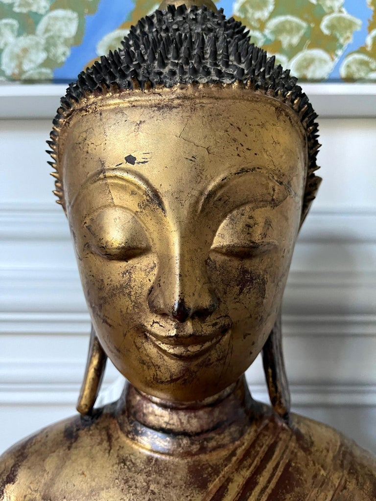 Large Lacquered Wood Antique Burmese Buddha Statue For Sale 7