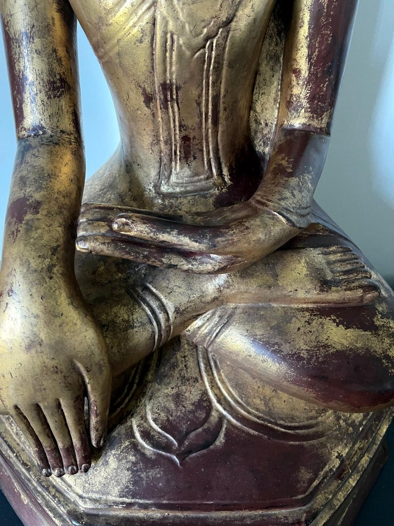 Large Lacquered Wood Antique Burmese Buddha Statue For Sale 8