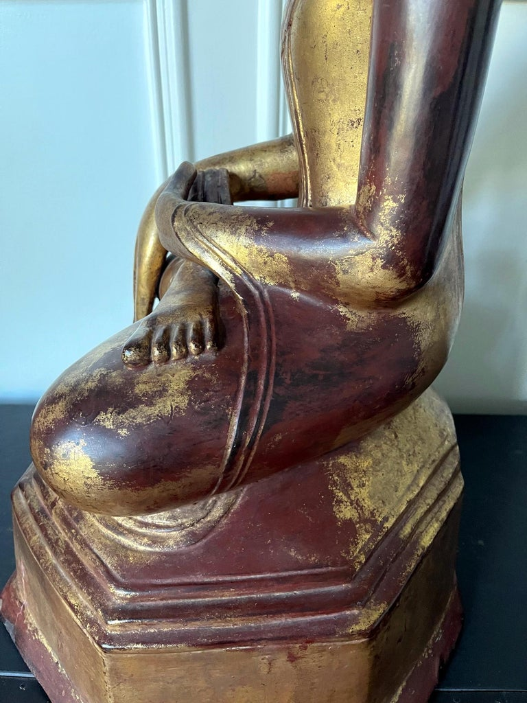 Large Lacquered Wood Antique Burmese Buddha Statue For Sale 9