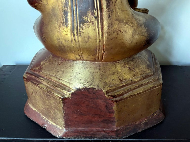 Large Lacquered Wood Antique Burmese Buddha Statue For Sale 13