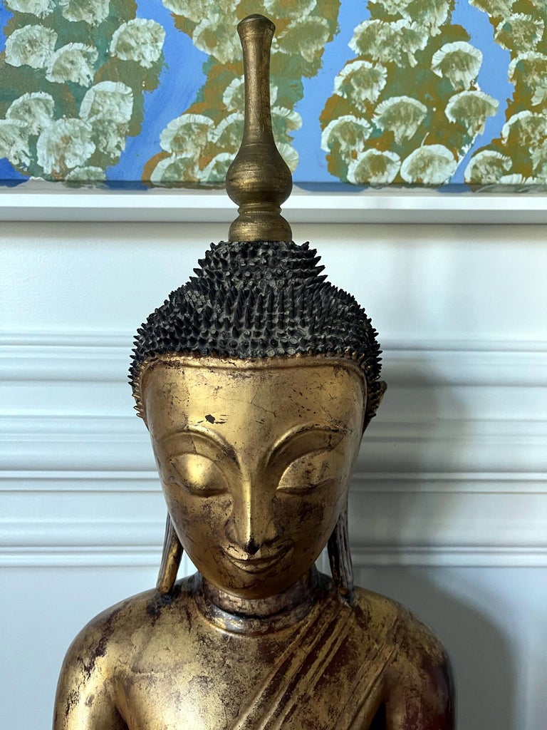 Large Lacquered Wood Antique Burmese Buddha Statue For Sale 3