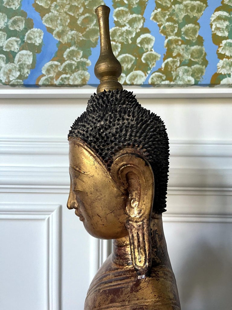 Large Lacquered Wood Antique Burmese Buddha Statue For Sale 4
