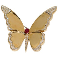Large Ladies Butterfly Brooch, 18 Karat Gold with Diamonds and Ruby