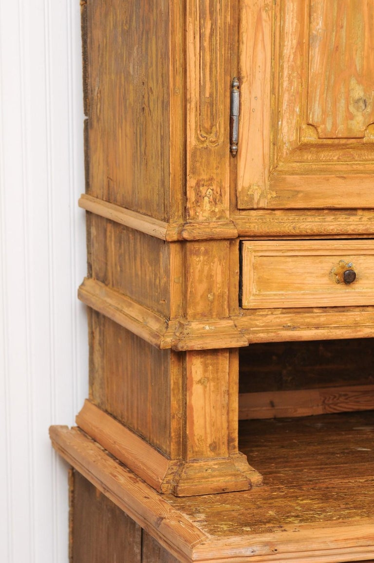 Large Late 18th Century French Buffet à Deux-Corps from a Monastery Near Avignon For Sale 11