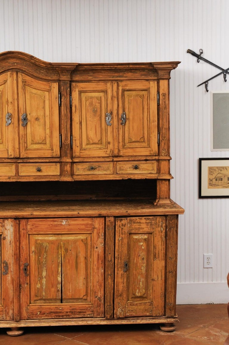 Large Late 18th Century French Buffet à Deux-Corps from a Monastery Near Avignon For Sale 1
