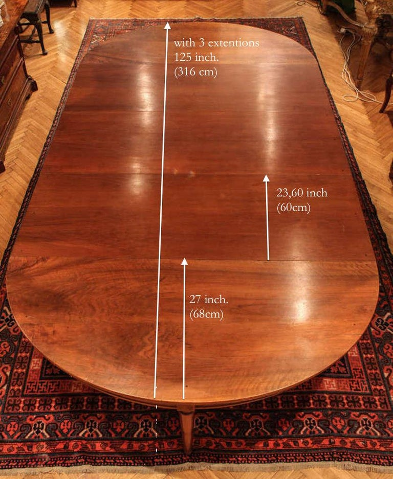 Large Late 18th Century, French Oval Extending Walnut Dining Table For Sale 2