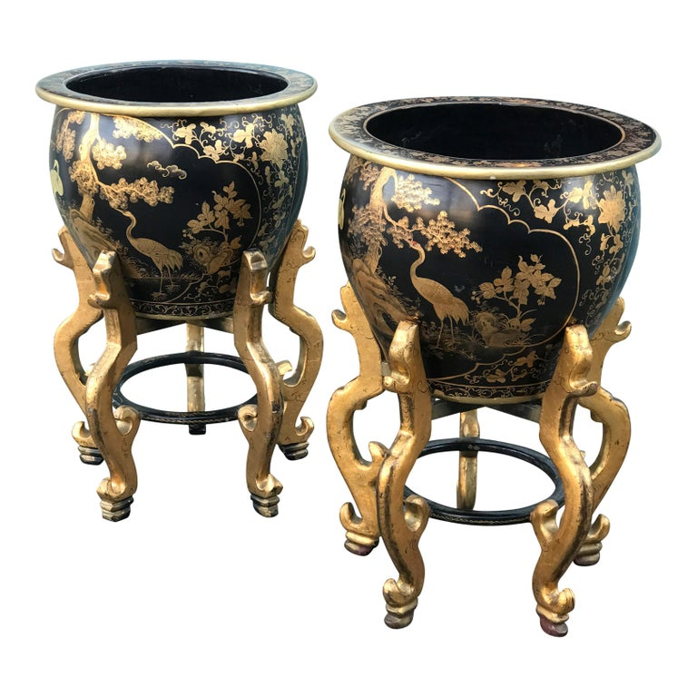 European Large Late 20th Century Pair of Japanese Style Urns on Stand For Sale