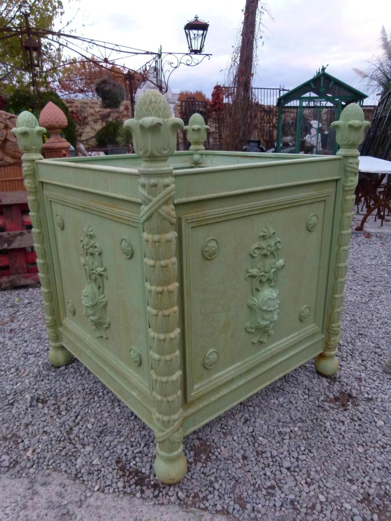 Large Louis XV style cast iron jardinières from Chateau de la Brodiere, (France) Ideal for Parks and large gardens. Weight: 650 Kg (1433 lbs). It can be dismounted to be send on a pallet of.