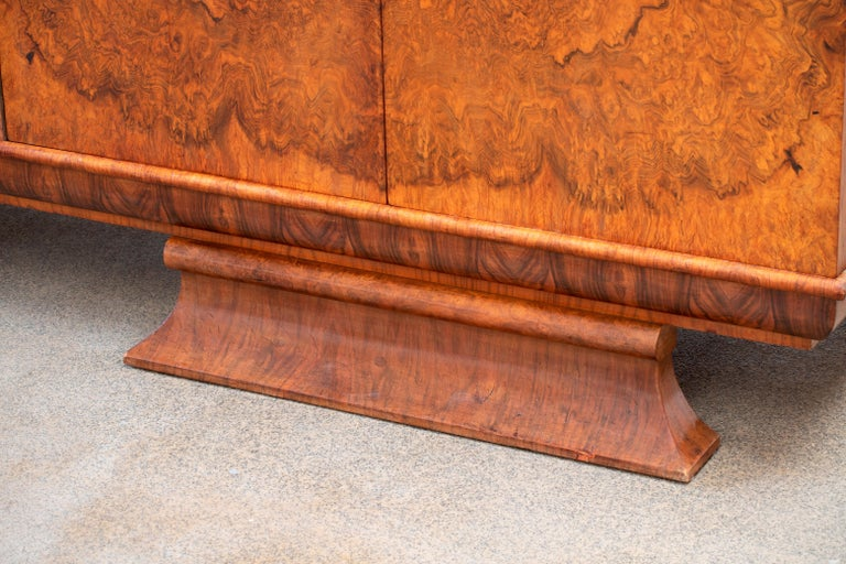 Large & Luxurious French Art Deco Buffet, 1930s For Sale 12