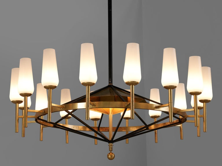 Large Luxus Chandelier by Uno and Östen Kristiansson In Good Condition For Sale In Waalwijk, NL