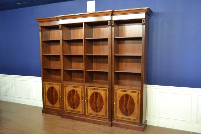Large Mahogany Georgian Style Four-Door Bookcase by Leighton Hall In New Condition For Sale In Suwanee, GA