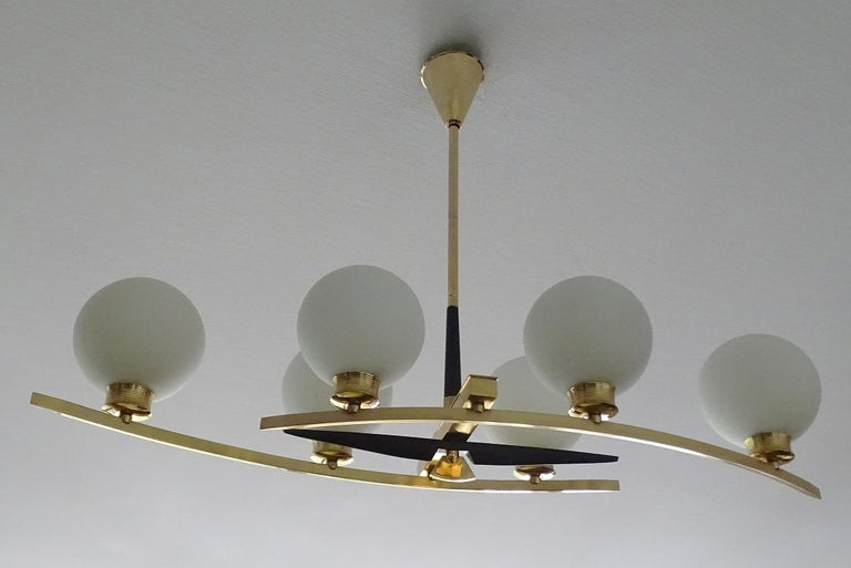 Mid-Century Modern Large Maison Arlus Brass Chandelier Glass Globes Pendant Stilnovo Gio Ponti Era  For Sale