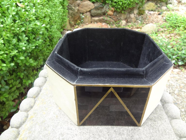 Large Maitland Smith Style Tessellated Stone, Horn and Brass Box For Sale 2