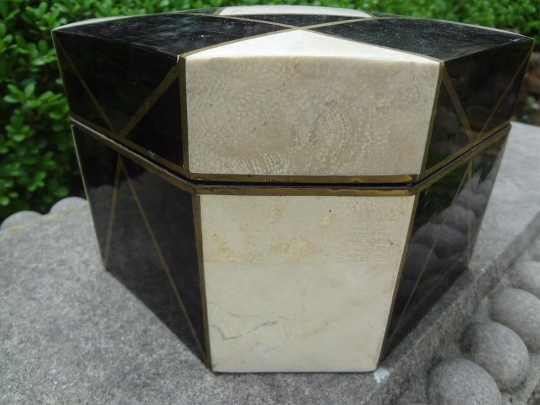 Large Maitland Smith Style Tessellated Stone, Horn and Brass Box For Sale 3