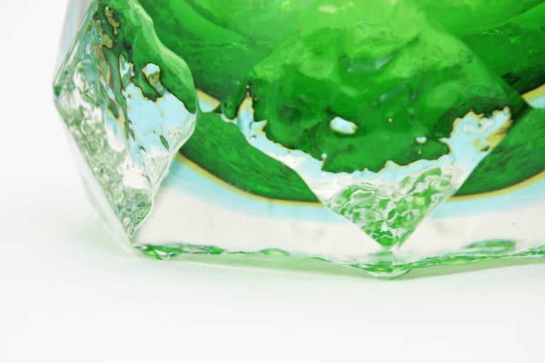 Mandruzzato Murano Ice Glass Faceted Sommerso Green Blue Yellow Art Glass Bowl For Sale 3