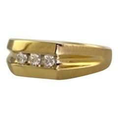 Large Mans 3 Round Diamond .26 TW Yellow Gold 14 Karat Ring 4.6 Grams