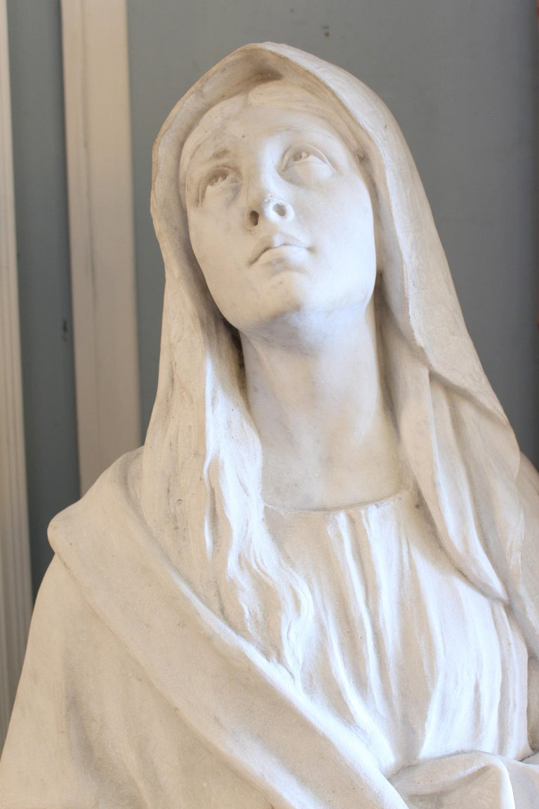 Large Marble Statue of the Virgin Mary In Good Condition For Sale In Laguna Beach, CA