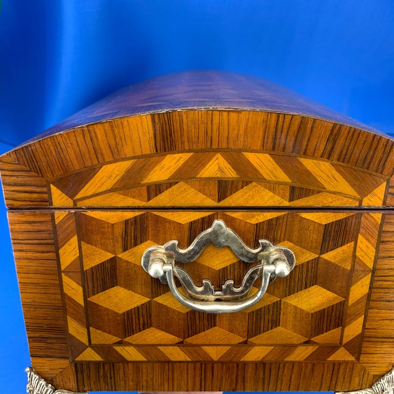 Large Marquetry Jewelry Box with Dome Lid and Gilded Feet For Sale 4
