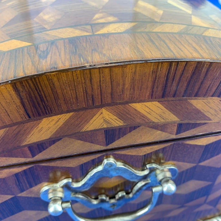 Large Marquetry Jewelry Box with Dome Lid and Gilded Feet For Sale 5