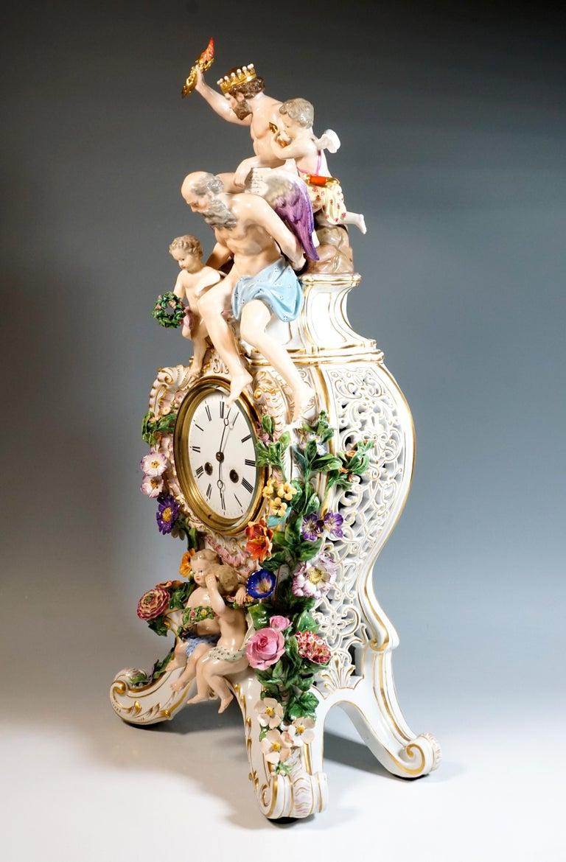 German Large Meissen Splendour Clock with Jupiter Group by E.A. Leuteritz, circa 1860 For Sale