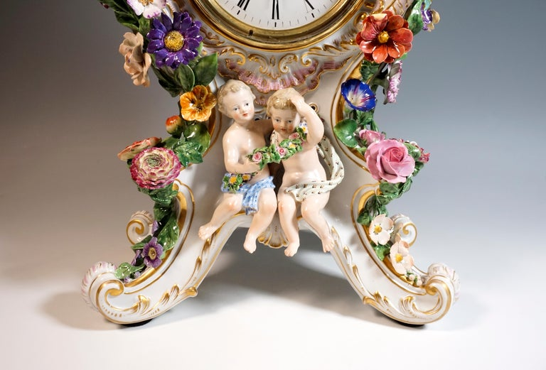 Large Meissen Splendour Clock with Jupiter Group by E.A. Leuteritz, circa 1860 In Excellent Condition For Sale In Vienna, AT
