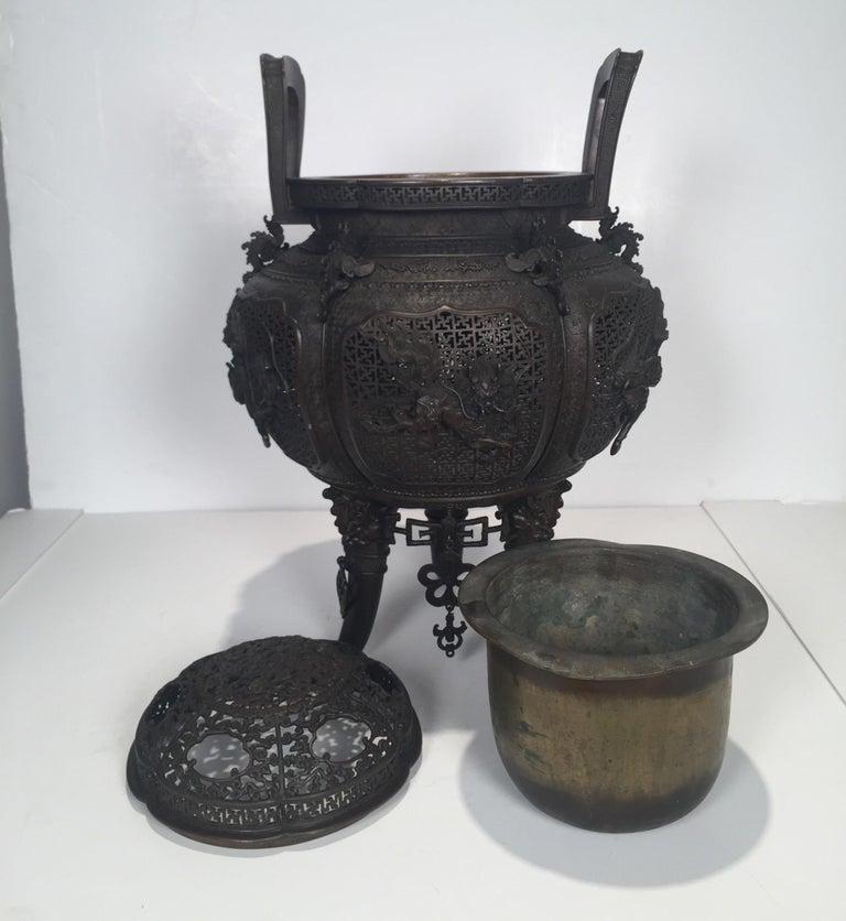 Large Meji Period Japanese Bronze Cencer, 1880s For Sale 5