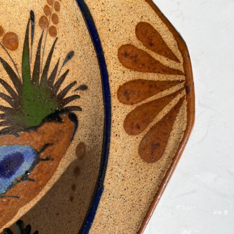 20th Century Large Mexican Round Folk Pottery Platter with Heron Bird Design Tonalá Mestizo For Sale