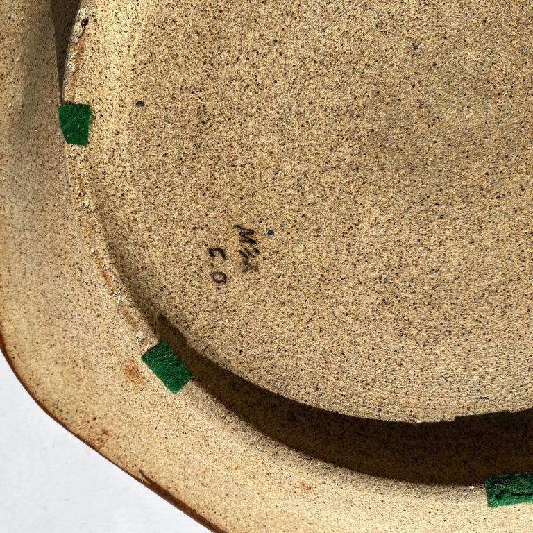 Large Mexican Round Folk Pottery Platter with Heron Bird Design Tonalá Mestizo For Sale 3