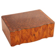 Large Mid-19th Century French Napoleon III Period Rosewood Marquetry Box